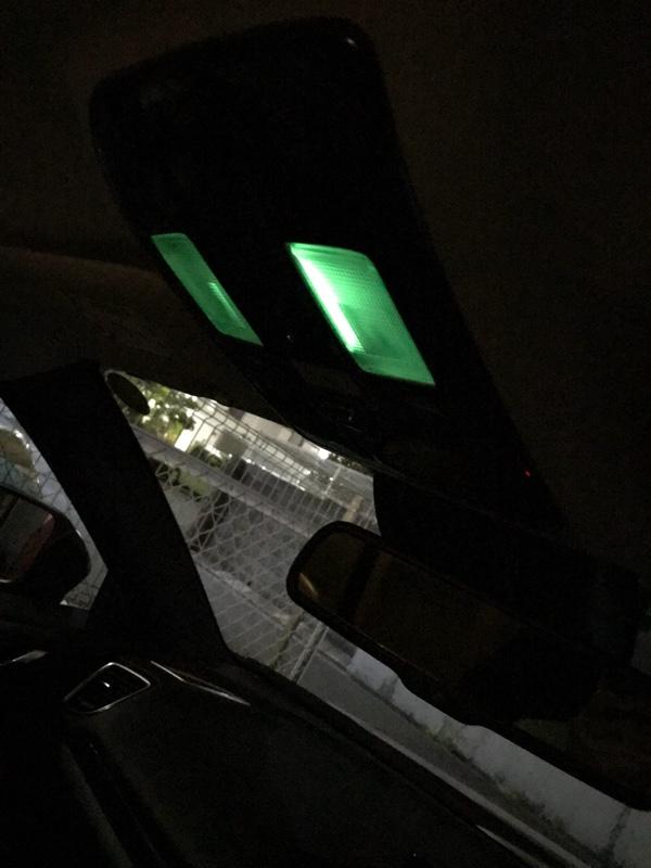 蓄光テープで間接照明?