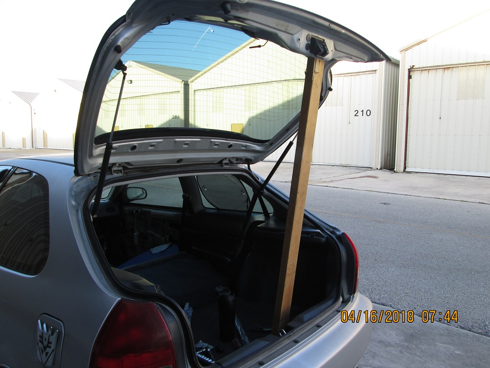 98 Civic: Rear Hatch Supports @105410 (その1)
