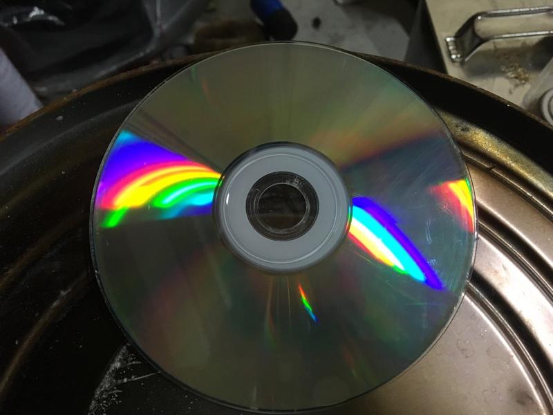 音飛びするCDを研磨