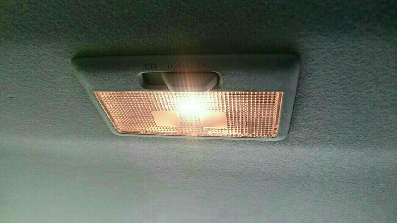 LEDルームランプ取り付け