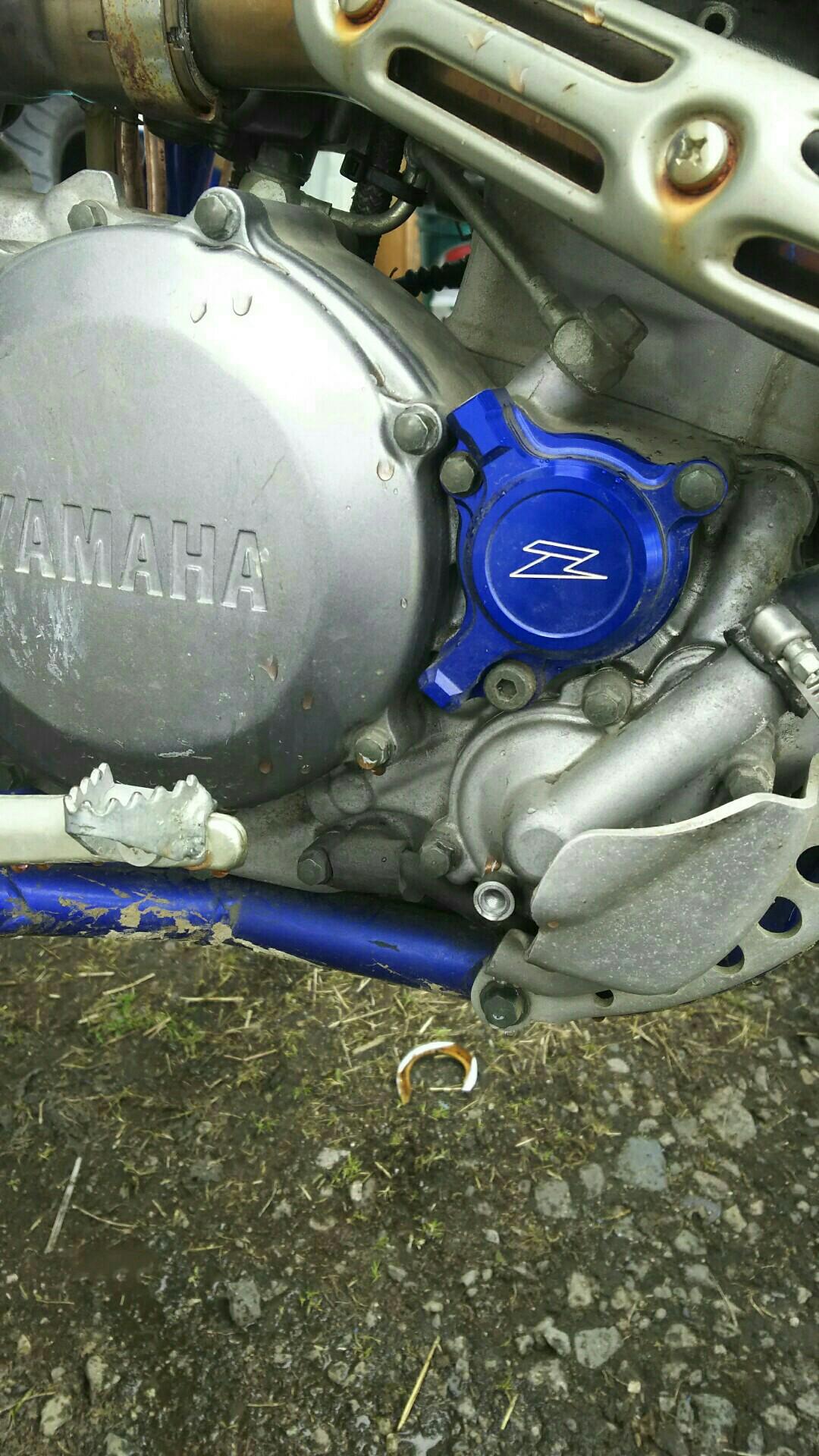 青バイク2台一緒にクーラント交換