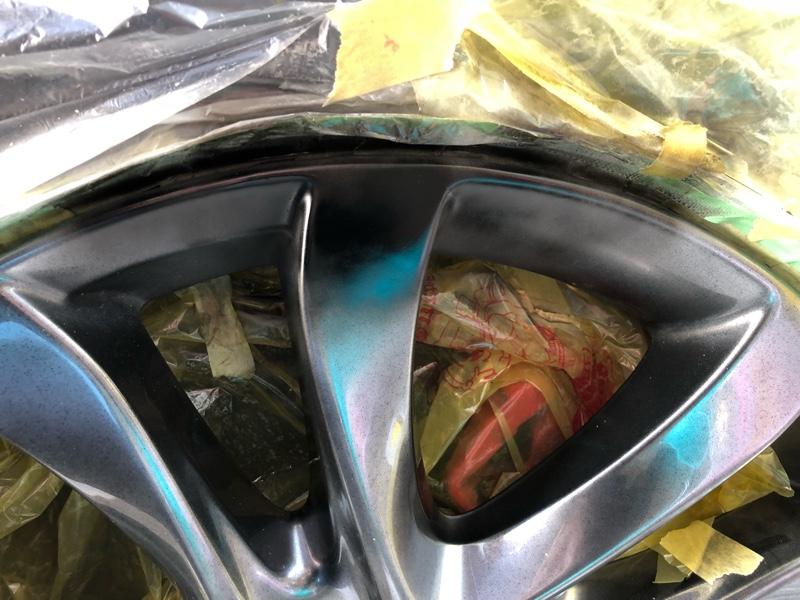 高輝度塗装ホイールのガリ傷補修