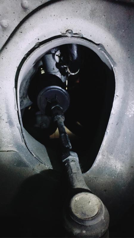 エンジンオイルと、パワステオイル交換。
