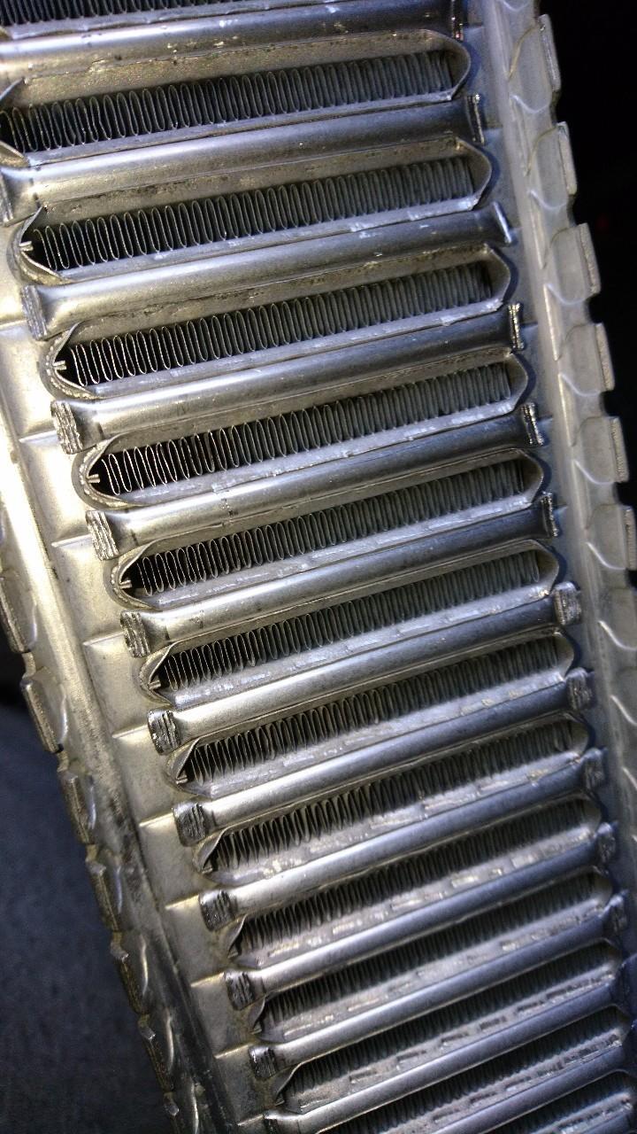 インタークーラー圧損低減加工、洗浄!