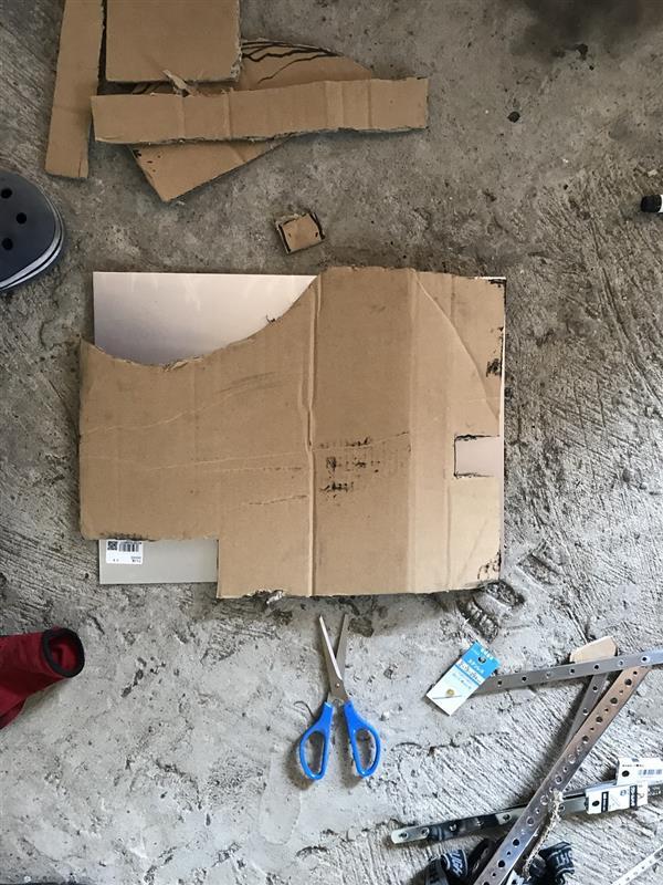 自作遮熱板の作製