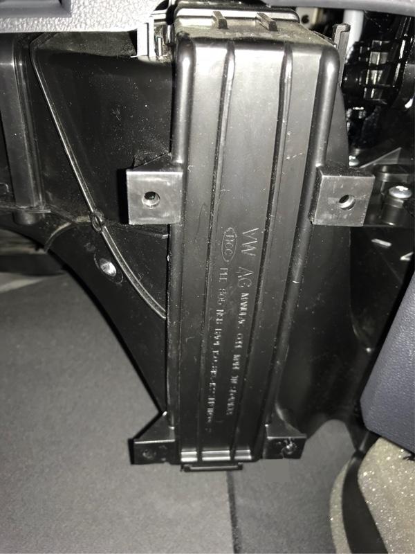 エアコンフィルター交換 43005km