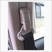 助手席シートベルトの異音対策の画像