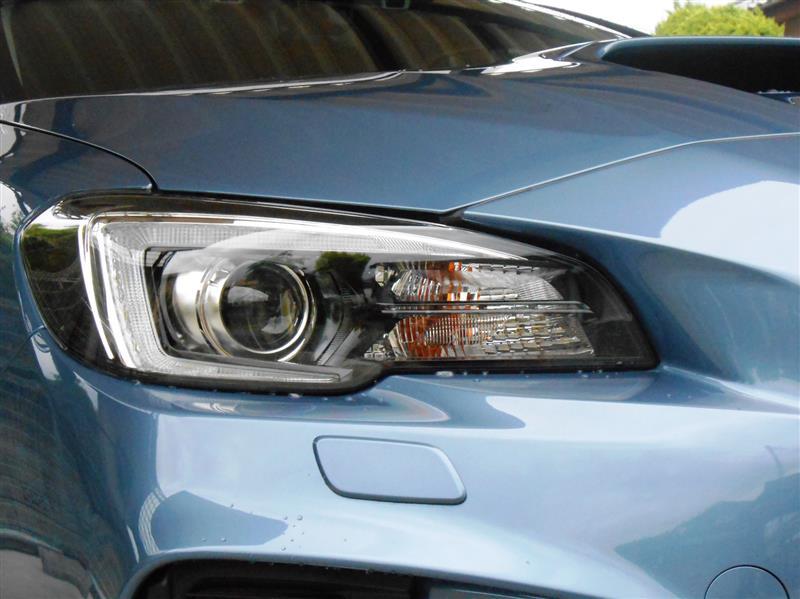 レヴォーグD型 噂のヘッドライト内部の溶け 対策品に交換