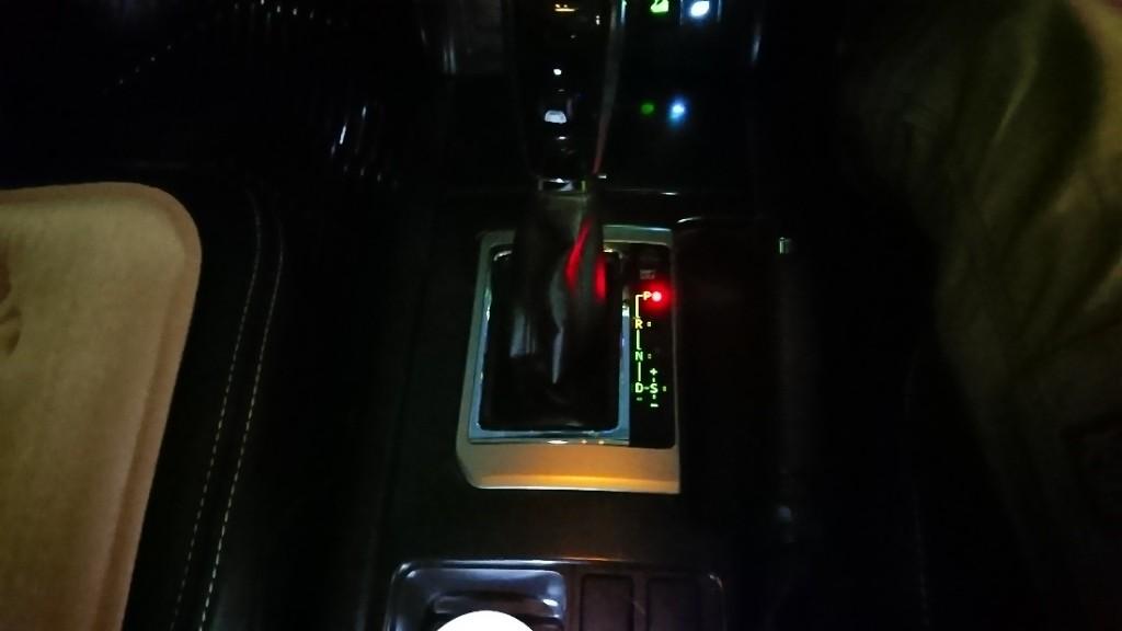 センターコンソールイルミネーション点灯