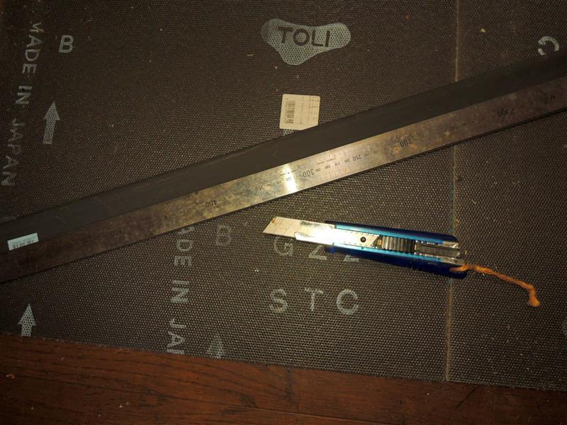 大ほげ研究室😊建築用資材でリアバンパーに保護?隠し!スカッフプレート施工