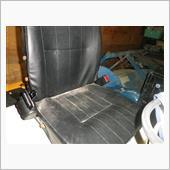 二点式シートベルト取り付けの画像