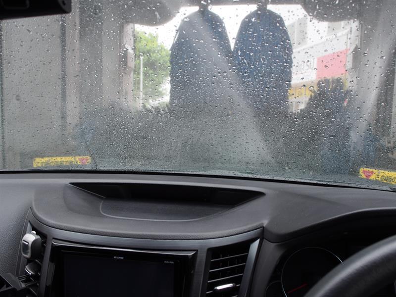 あれ?何か久しぶりの洗車のようなぁ・・。