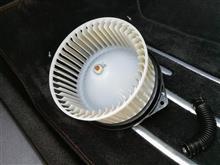 インプレッサ WRX STI ブロアファンの掃除とフィルタ交換のカスタム手順1