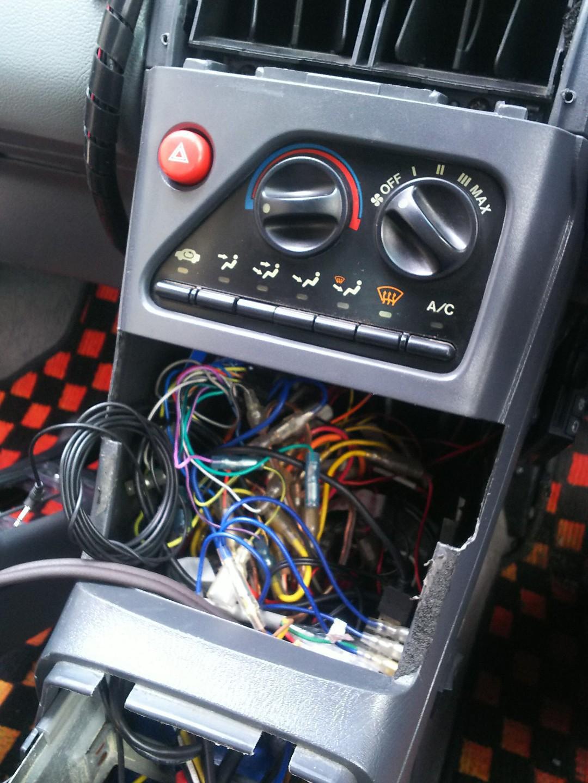 エアコン操作パネルのワイヤー交換
