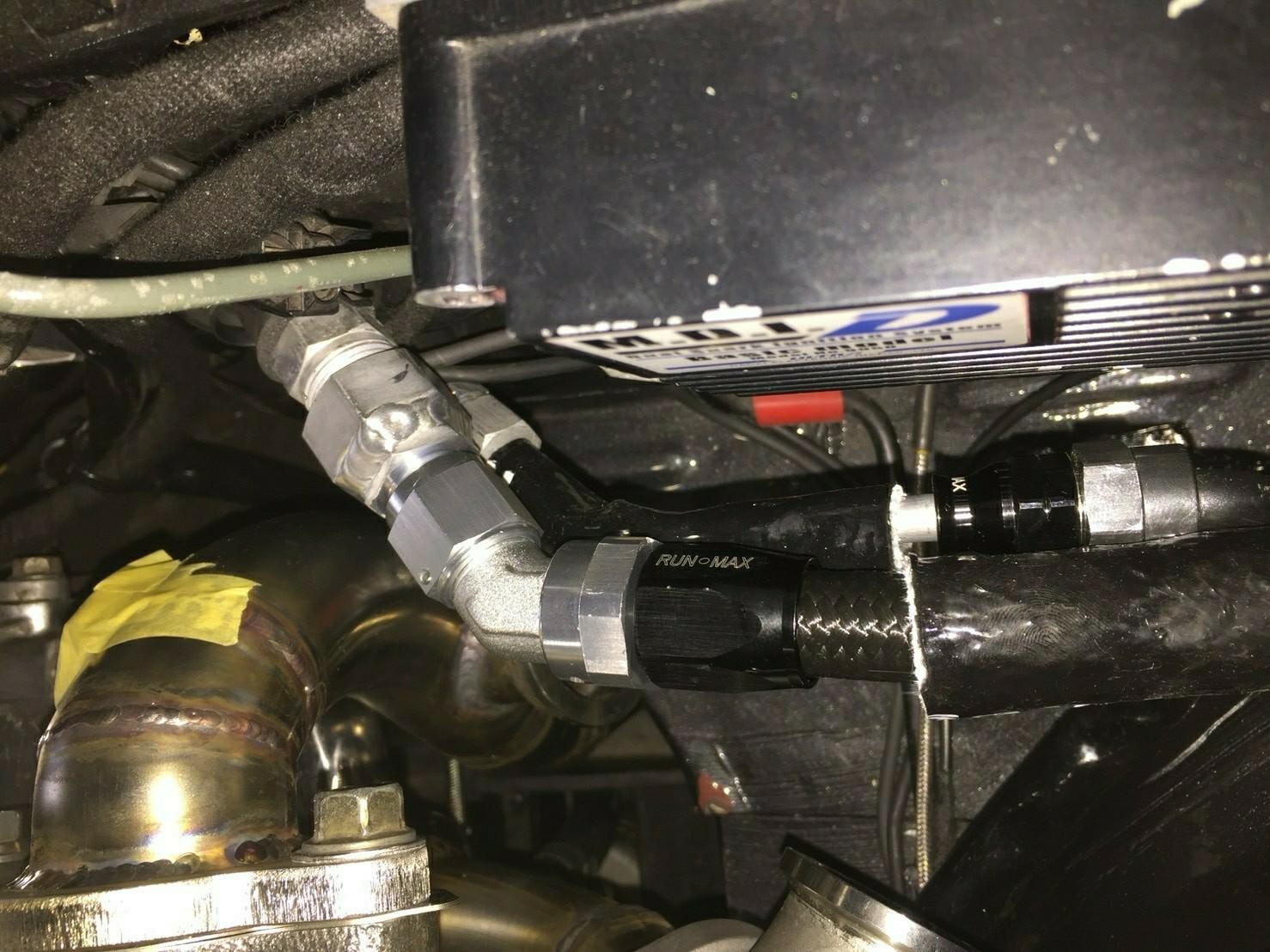 エアコン配管移動?