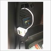 トランクに延長コンセントとインバータのリモートスイッチ(バッテリー残量計付き)このスイッチを入れると電源が使えます<br /> あと後部座席の下にもう一つ延長コンセント付けました