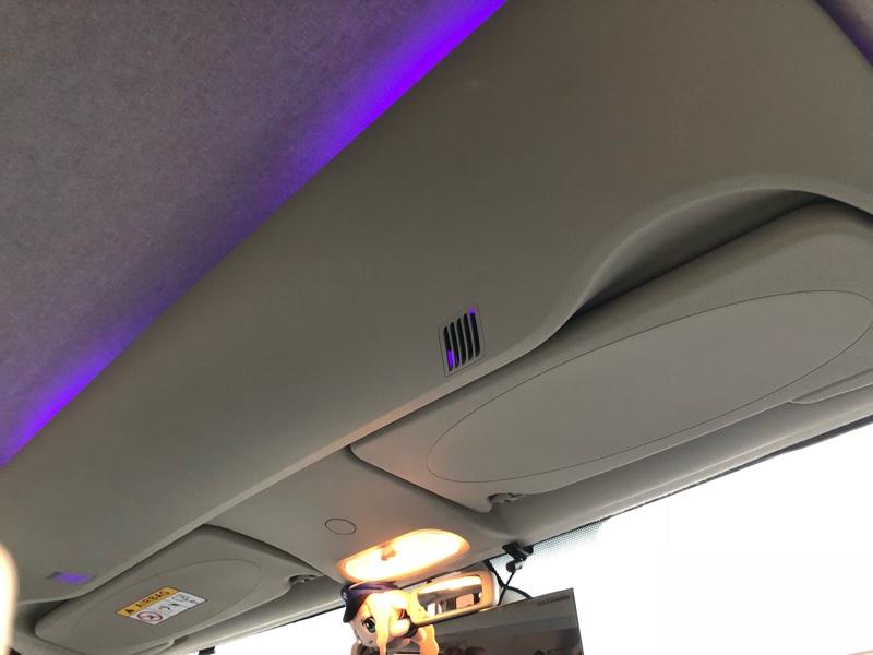 オーバーヘッドコンソールに電飾