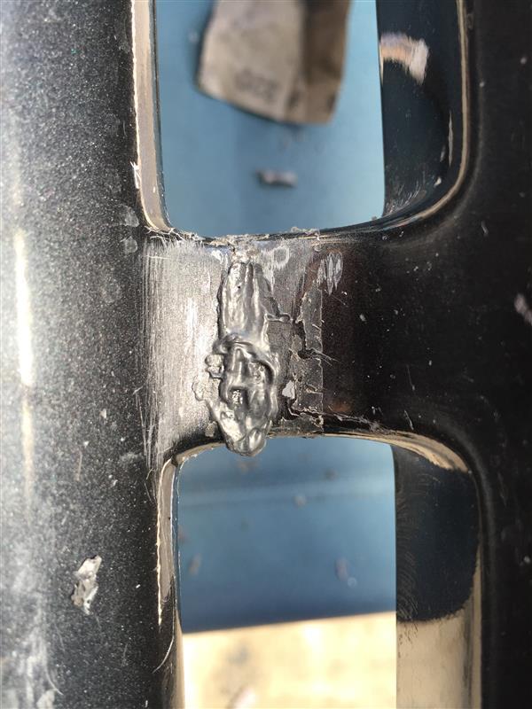 スポイラー修理