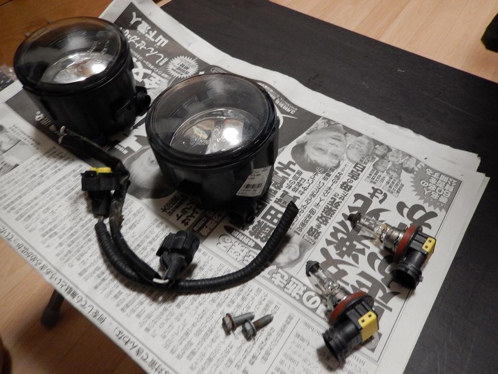 ガラス製フォグ、8か月で逝く・・・ ついでに電源をバッ直にしました。