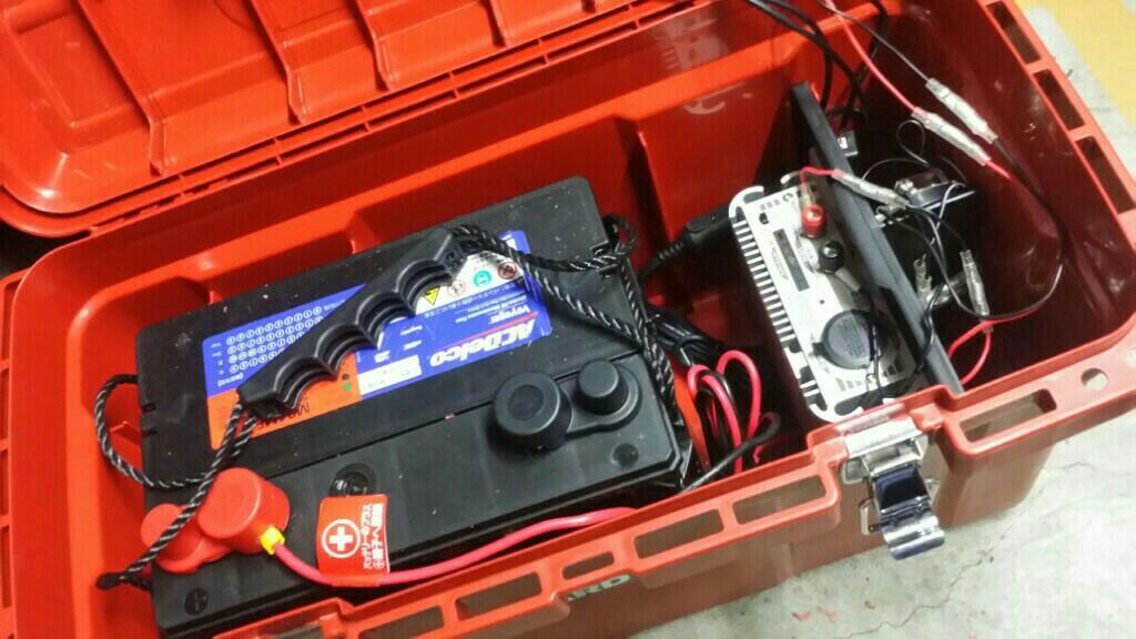 車中泊バッテリーシステム制作