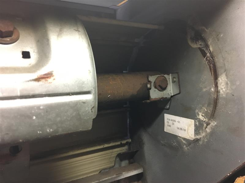 E60 BMW DIY 車庫の手動シャッターを電動化