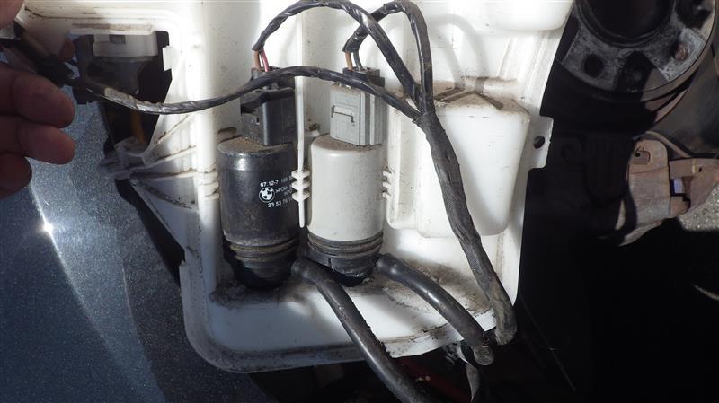 ウォッシャーポンプ漏れ対策