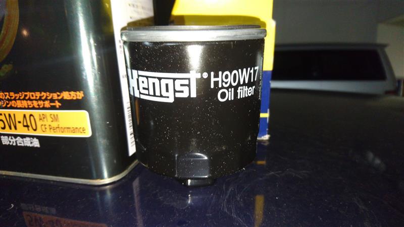 POLO 9N エンジンオイルとフィルターの交換