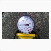 空気圧 ③