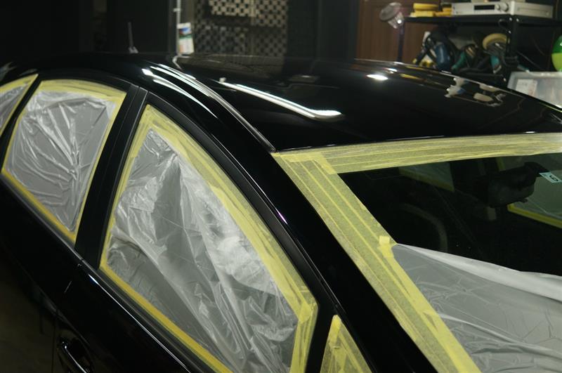 硬化の進んだ1層目のガラス系被膜に2層目のガラス被膜の塗り込みを^^