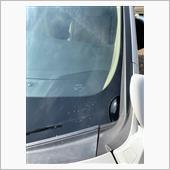 フロントウィンドウガラスサイドモール交換の画像