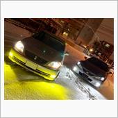 一昨日雪が降ったので<br /> <br /> ポコ助さんとのツーショット<br /> <br /> <br /> 横にメインで照らしてますが、<br /> 車の存在は示せるので<br /> <br /> ある意味安全性向上かなと?
