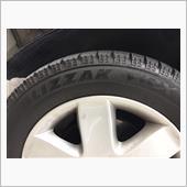 スタッドレスタイヤはめ替えと交換
