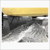 フロントフェンダー整流板切除の画像