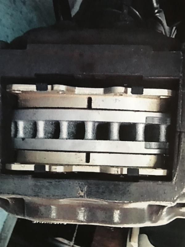 フロントローターとブレーキパッド交換