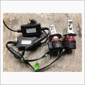 LEDヘッドライト H4 hi/lo切り替え 10000ルーメン の画像
