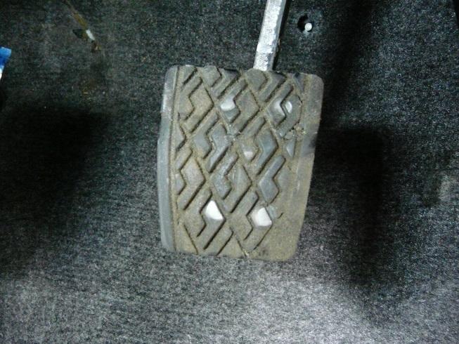 ブレーキ、クラッチ&アクセルペダル交換