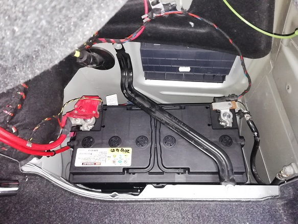 バッテリー交換