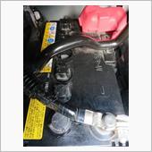 バッテリー液を補充の画像