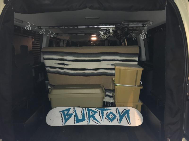 スノーボード8枚を室内天井に車載