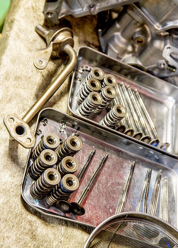 E07A エンジン バルブ friXion バルブスプリング