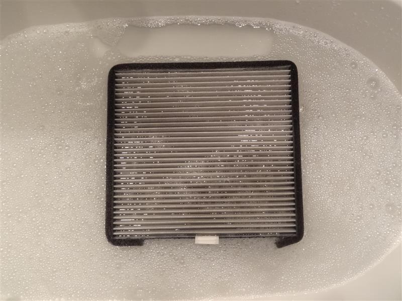 BLITZハイブリッドエアコンフィルター洗浄