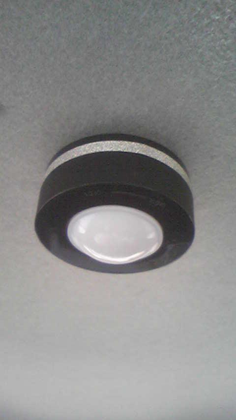 リアシート用LED照明取り付け