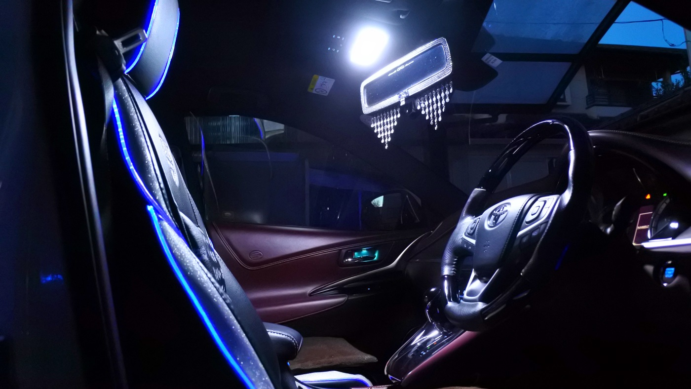 後期型ルームランプ(フロント)LED増設-その②-