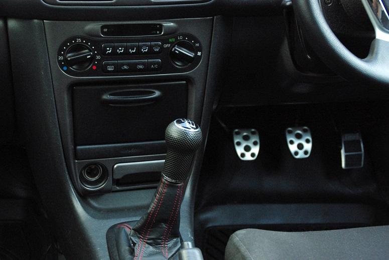 VW車用6MTシフトノブに交換