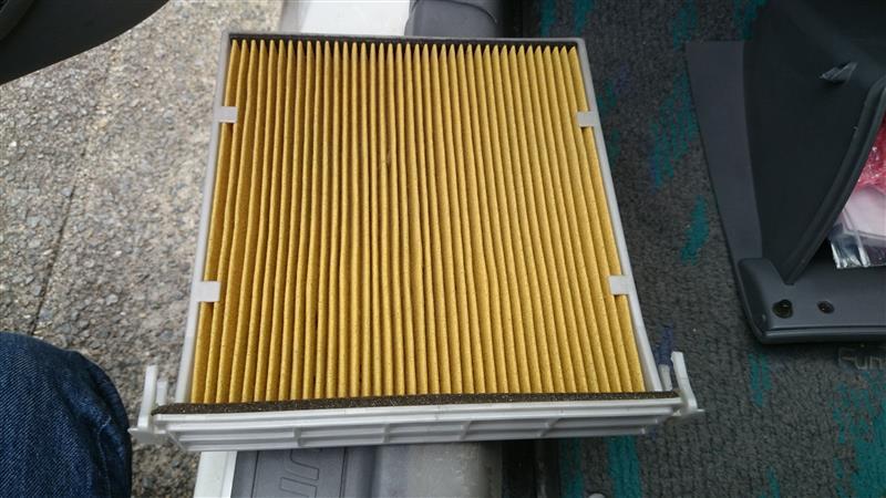 エアコンフィルター交換