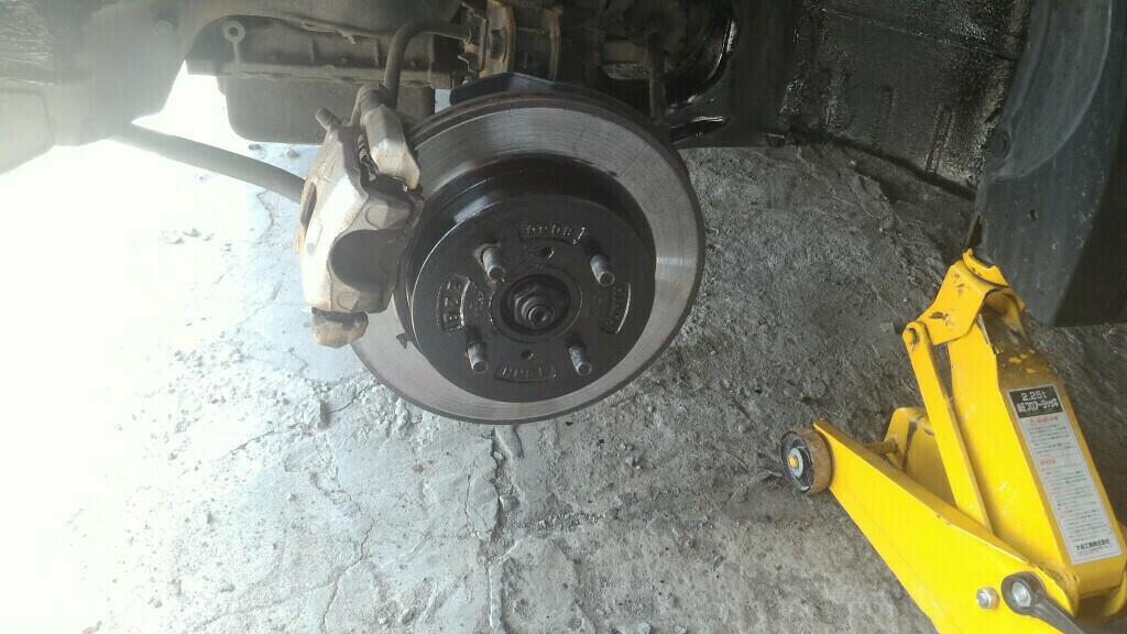 夏仕様(タイヤ交換と下回り塗装)