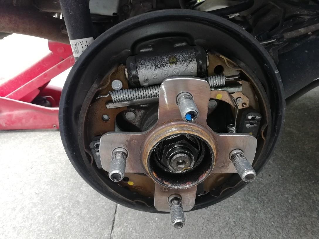 ドラムブレーキライニング点検