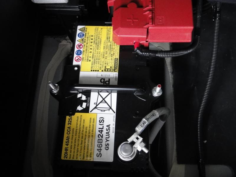 補器バッテリーをリチュウムイオンバッテリーに交換