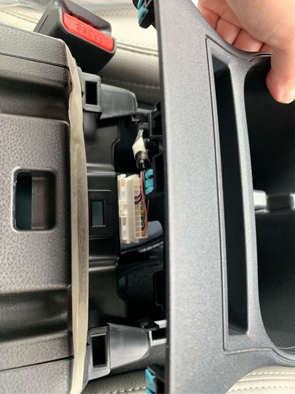 XV GT3 シフトパネル交換&ブーツ取り付け