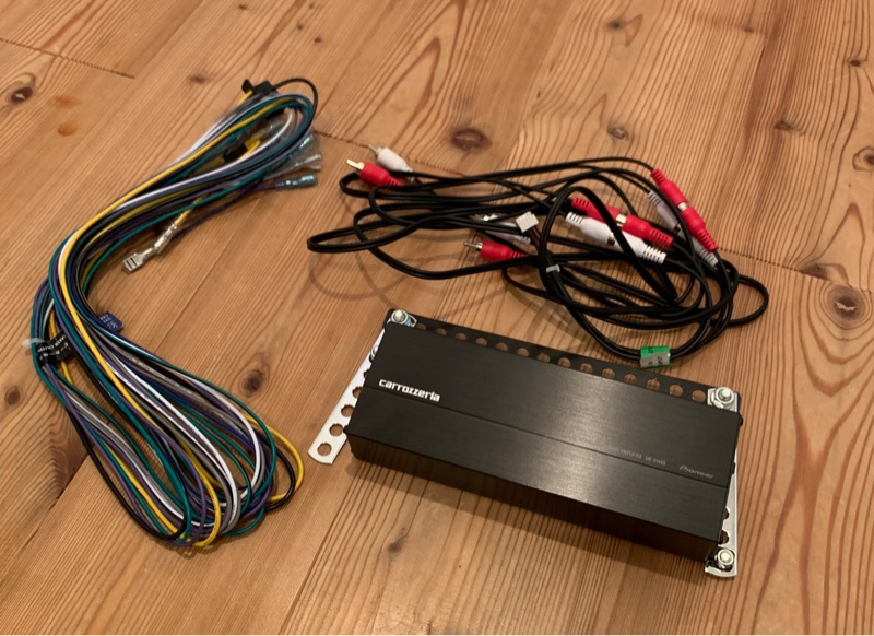 パワーアンプ GM-D1400II 設置